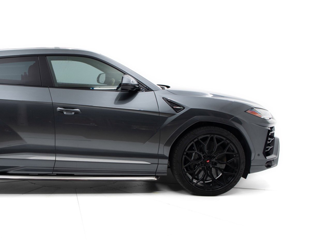 Lamborghini Urus car for hire