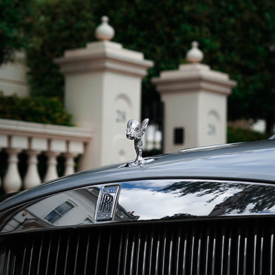 Hire Rolls Royce cars - Rent world's most premium luxury vehicles
